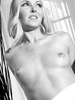Aaliyah Love Classic Black and White Photos