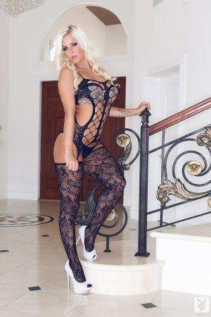 Barbra Lee